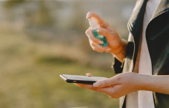 Disinfect the Cell Phone